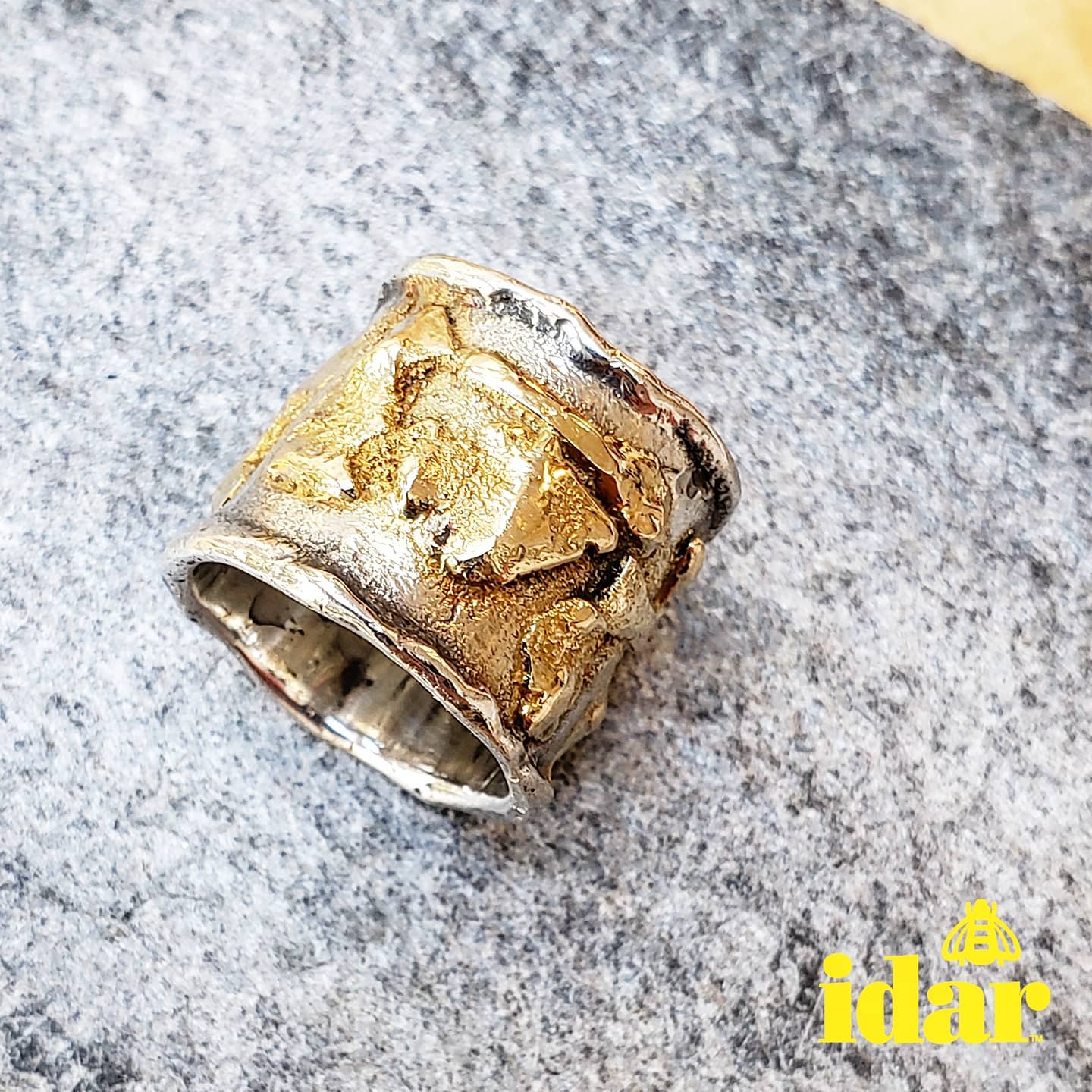 vancouver-art-gallery-modern-in-the-making-exhibition-jewellery-gold-ring-artist-Idar-Bergseth-3